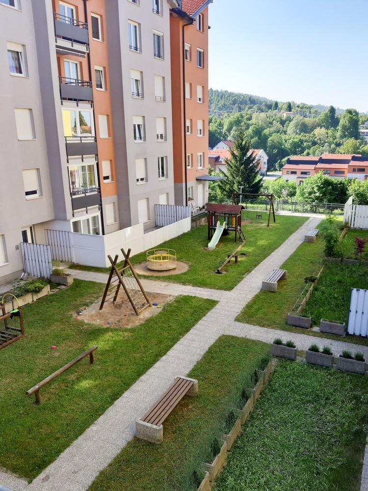 Stanovanjski objekt Park Pod Javorniki