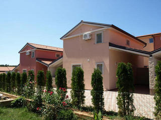 Samostojne Hiše