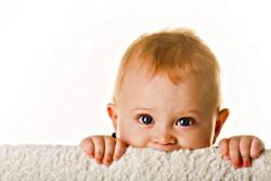 Kako zaščititi stanovanje, da se majhni otroci ne poškodujejo