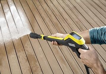 Čiščenje koles in lesenih teras - alternative vrtni cevi in krtači