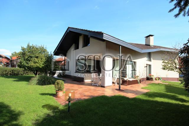 House for Sale - DOMŽALE, OKOLICA