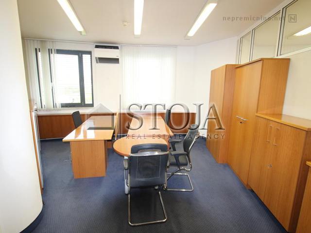 Business premise for rent - LJ. BEŽIGRAD, ŽUP. JAMA