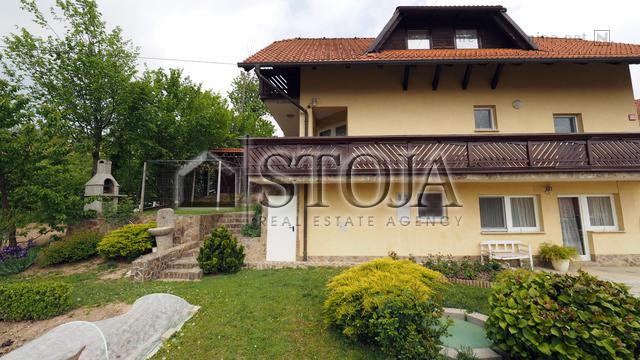 House for Sale - NOTRANJE GORICE