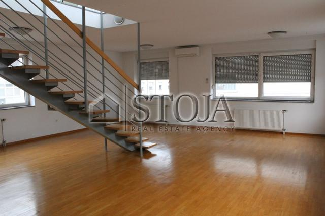 Apartment for rent - ZUPANČIČEVA JAMA