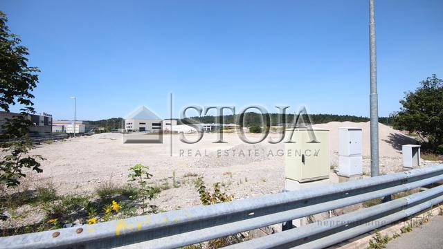Land for Sale - LOGATEC, POSLOVNA CONA