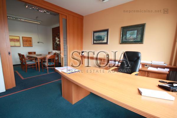 Business premise for rent - LJ. BEŽIGRAD, ŽELEZNA CESTA