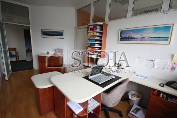 office close center