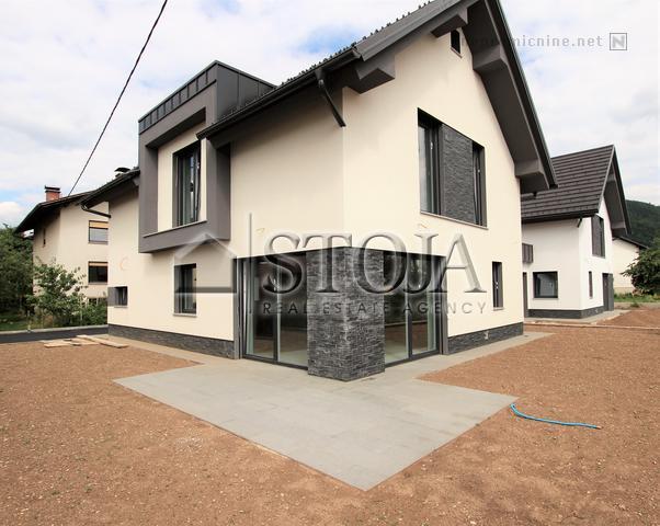 House for Sale - LJ. MOSTE