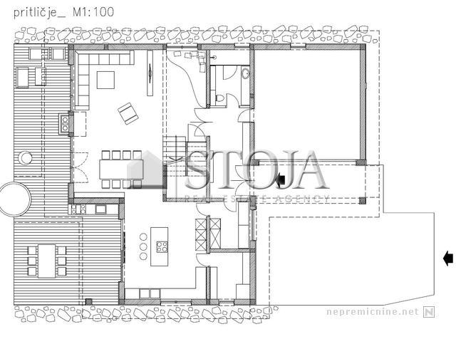 Ground floor with big living room and kitchen, pantry room, walk in wardrobe, double garage, bathroom