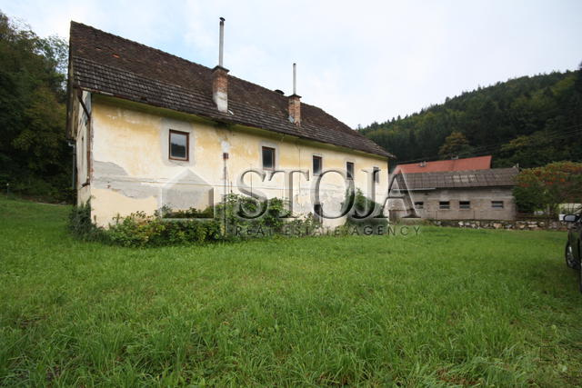 House for Sale - ZGORNJI MOTNIK
