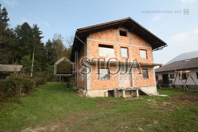 House for Sale - ZGORNJE GAMELJNE