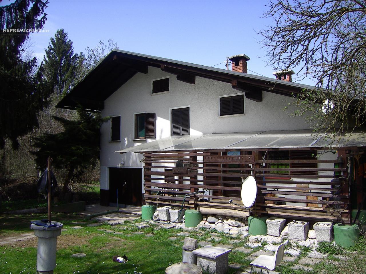 Prodaja, hiša - LAHOVČE, VODICE OKOLICA 1