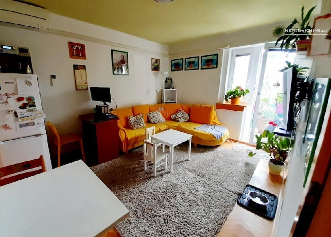Prodaja, stanovanje - POSTOJNA 1