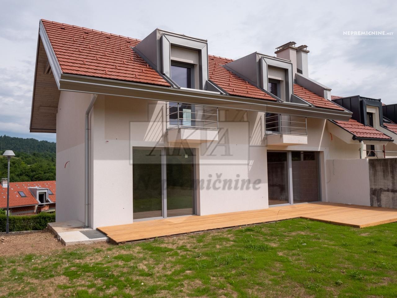 Prodaja, hiša - VRHNIKA 1