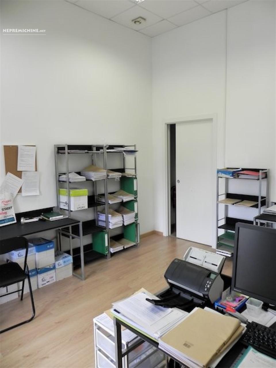 Oddaja, poslovni prostor - POSTOJNA 1