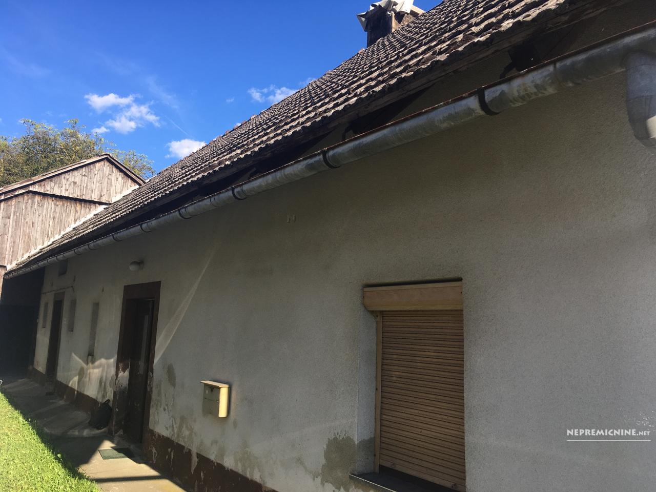 Prodaja, hiša - BLOŠKA POLICA 1