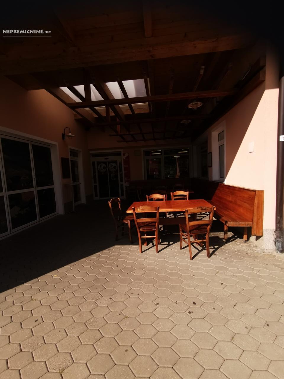 Prodaja, poslovni prostor - RAKA 16