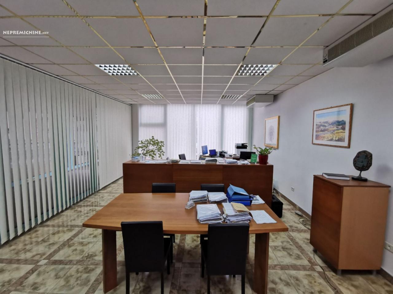 Prodaja, poslovni prostor - ILIRSKA BISTRICA 1