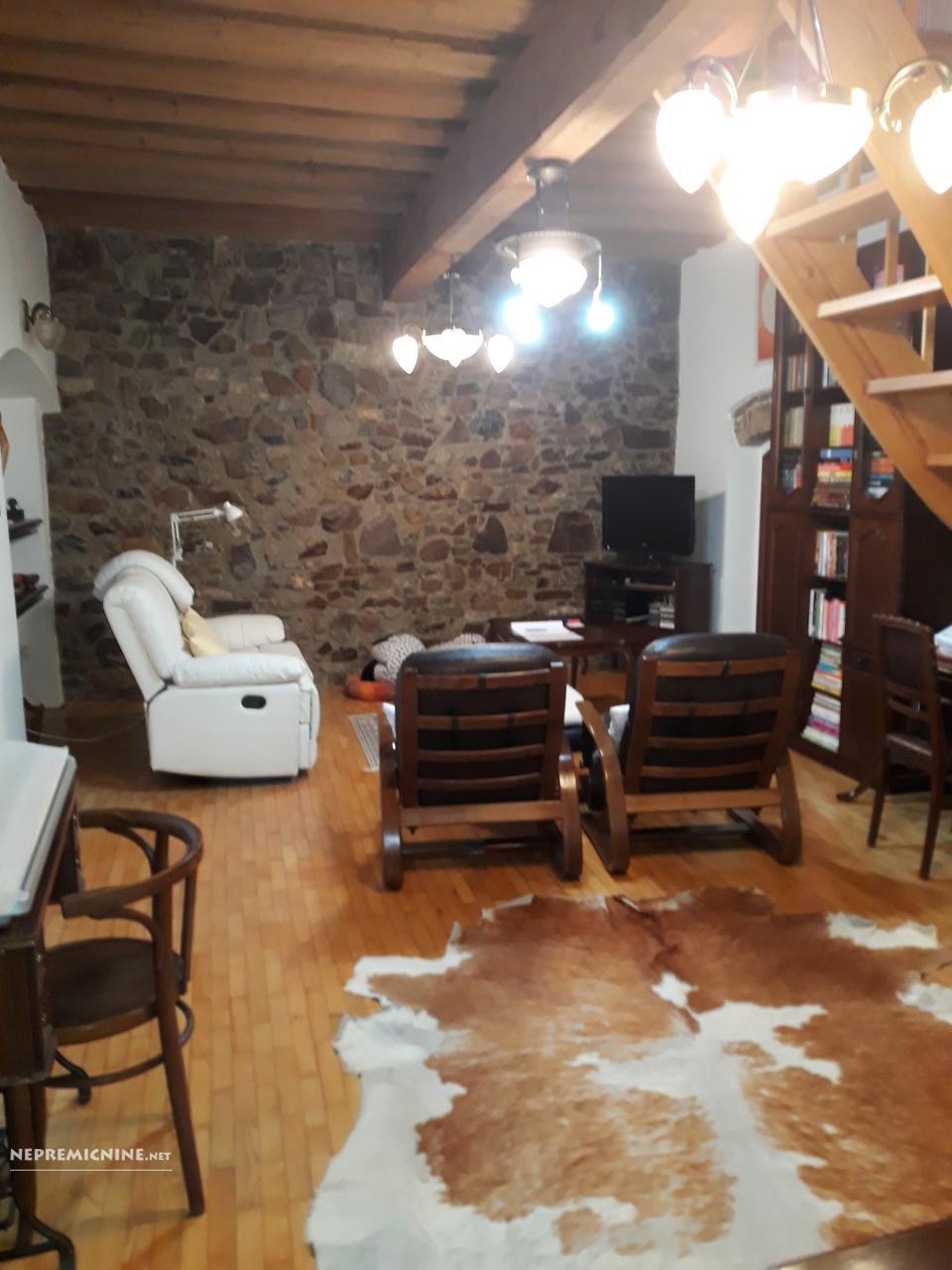 Prodaja, stanovanje - LJ. CENTER, MESTNI TRG 2
