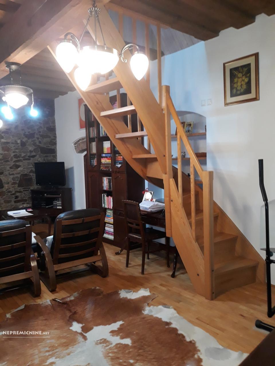 Prodaja, stanovanje - LJ. CENTER, MESTNI TRG 3