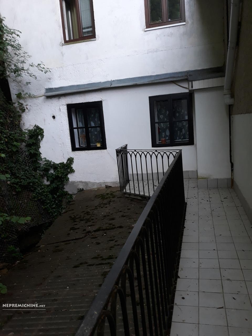 Prodaja, stanovanje - LJ. CENTER, MESTNI TRG 4