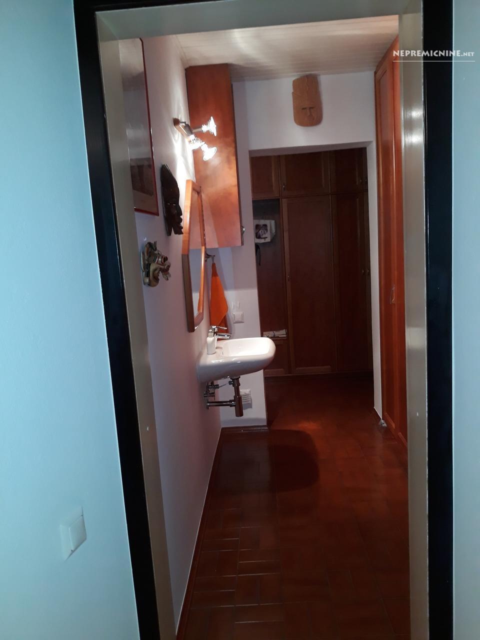 Prodaja, stanovanje - LJ. CENTER, MESTNI TRG 10