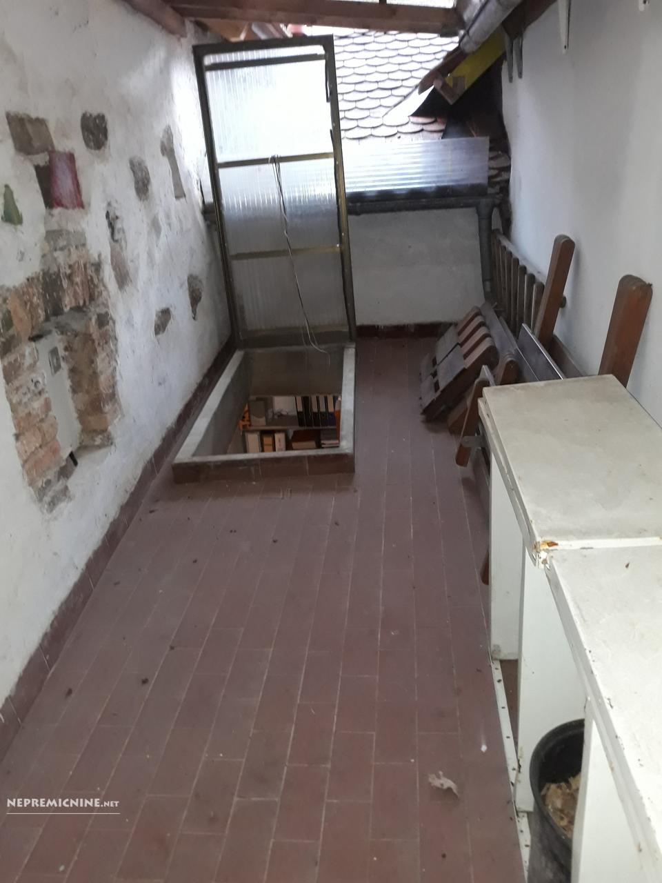 Prodaja, stanovanje - LJ. CENTER, MESTNI TRG 14